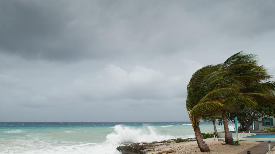 <p>&quot;Янус&quot; удари острови в Гърция, извънредно положение</p>