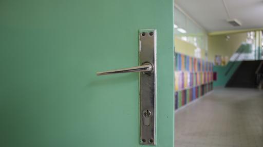 Заразените с коронавирус ученици и учители у нас се увеличават