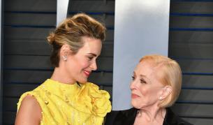 """Любов с 32 години разлика, историята на майката на Чарли от """"Двама мъже и половина"""" и нейната любима - Любопитно"""