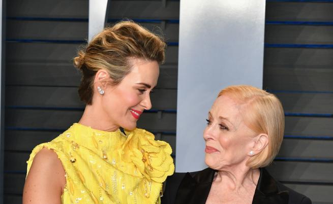Любов с 32 години разлика, историята на майката на Чарли от