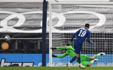 Дузпи пратиха Тотнъм на 1/4-финал за Купата на Лигата