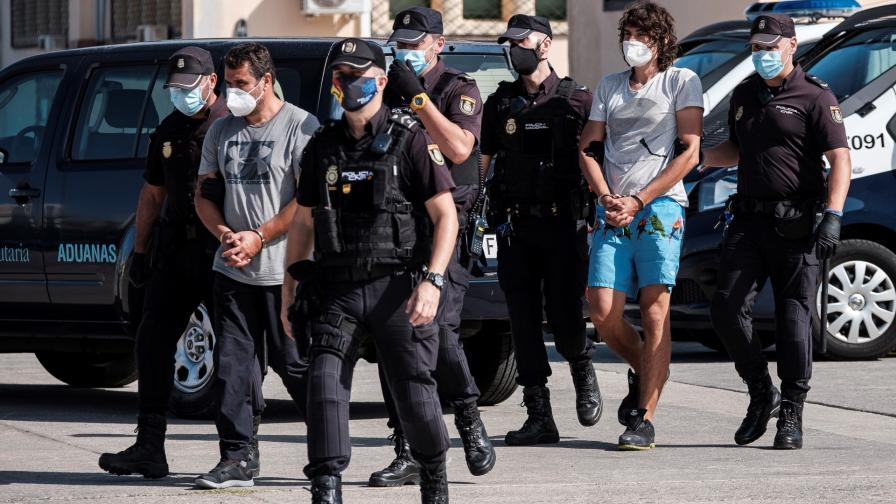 <p>Хванаха 30 тона хашиш в Испания, арестуваха българи</p>