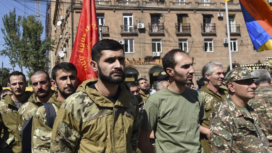 Жестока ескалация на войната в Нагорни Карабах