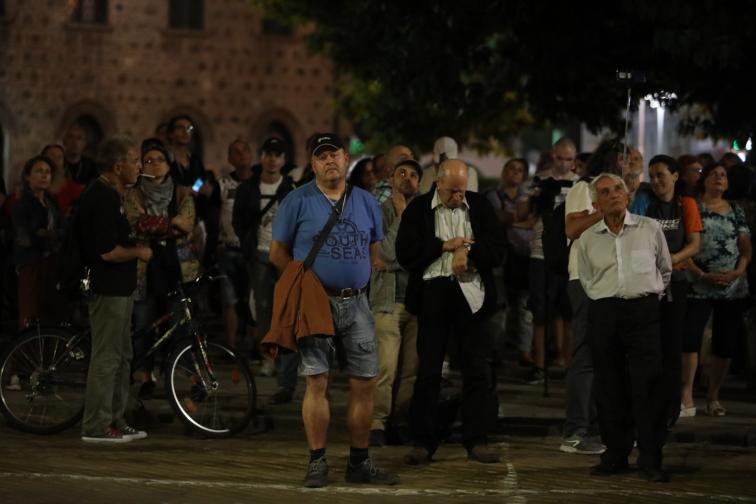 протест 89 Бруно