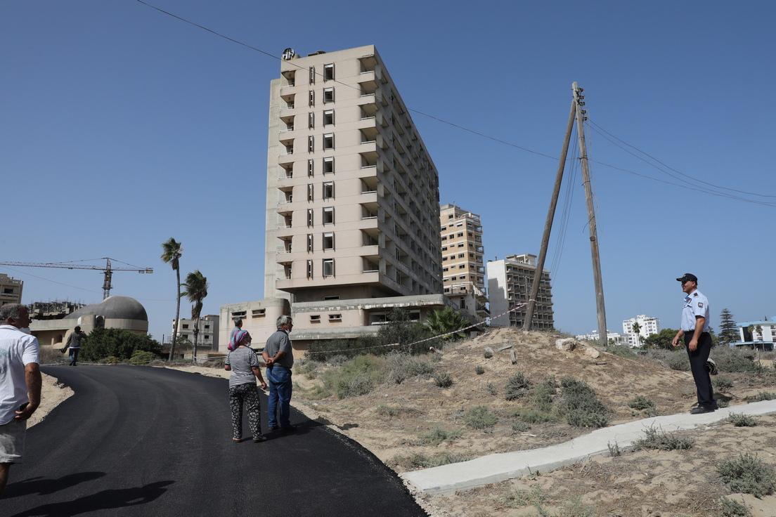 <p>Вароша, заградената част на окупирания от Турция град Фамагуста, често се описва като &bdquo;град-призрак&ldquo;.</p>