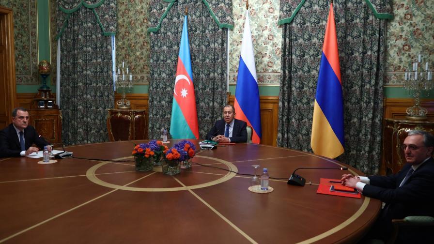 <p>Баку и Ереван се обвиняват в нарушаване на примирието</p>