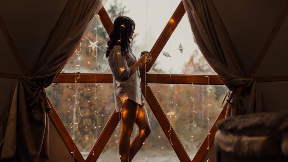 жена магия уют есен зима