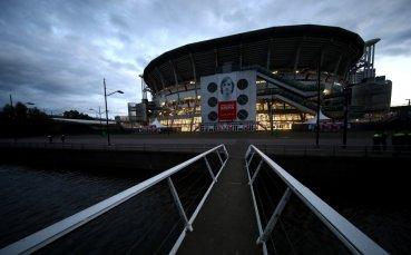 НА ЖИВО: Аякс - Ливърпул, Талиафико вкара в собствената си врата