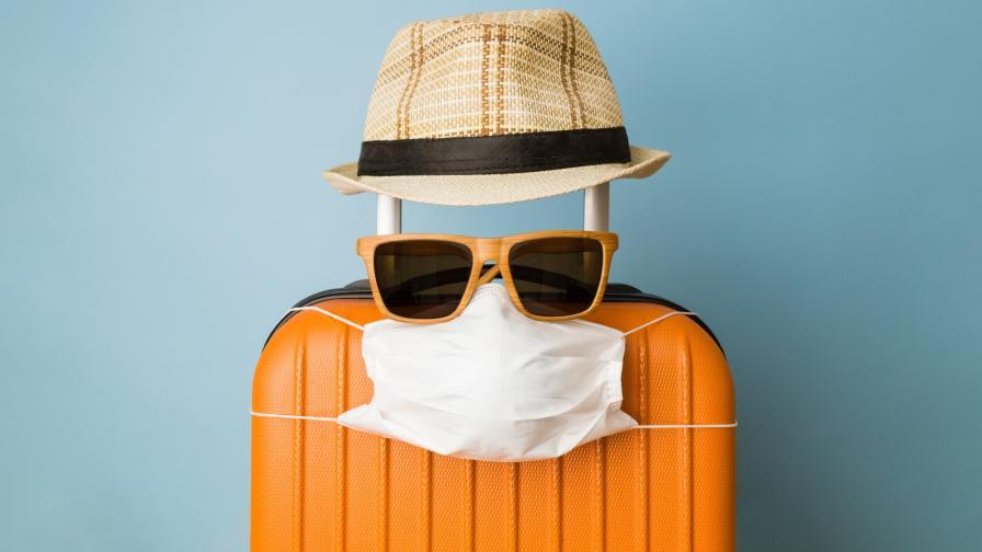 <p>Ще пътуват ли по-лесно ваксинираните срещу COVID-19</p>