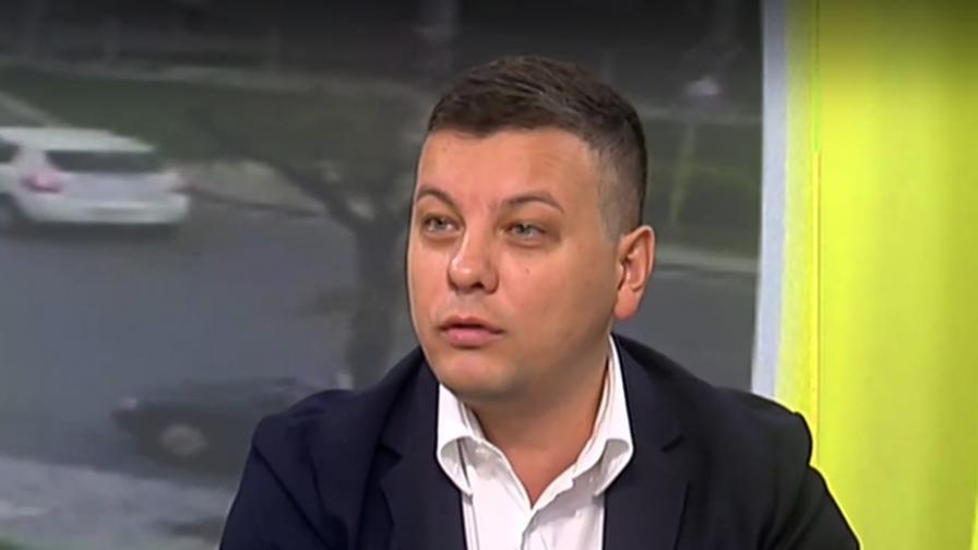"""Боян Томов: С """"Кмет на годината"""" се вижда добрата работа на общините"""