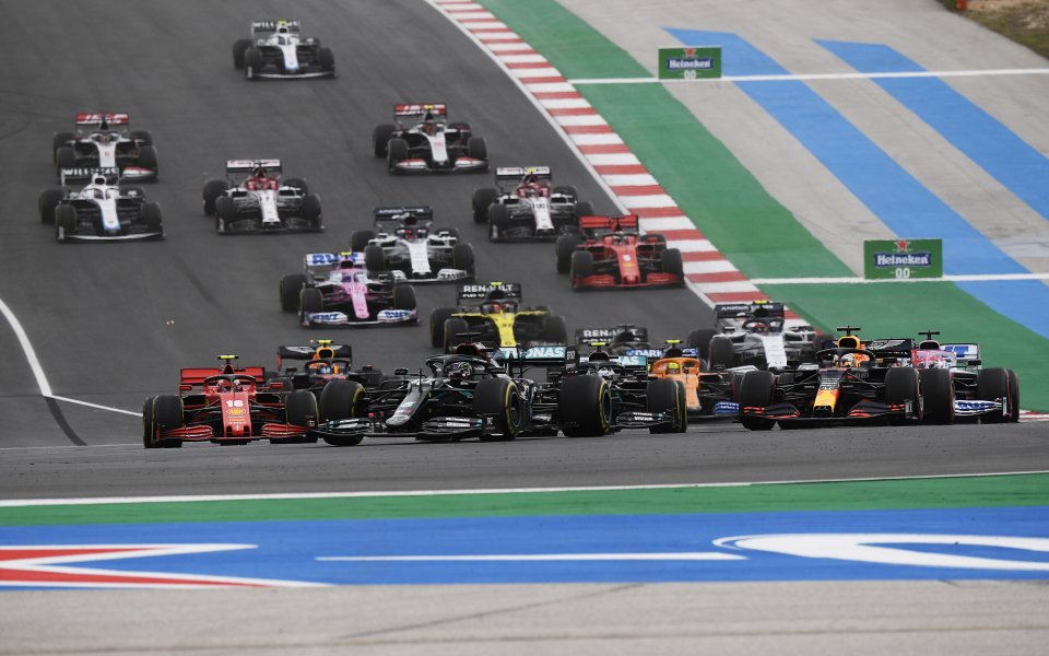 F1 екипите са се съгласили по време на срещата на