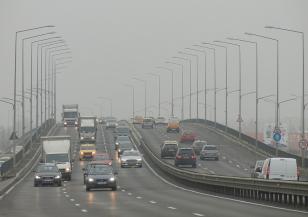 Шофирайте внимателно: мъгла и дъжд по магистралите