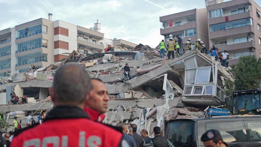 Мощно земетресение в Гърция и Турция:...