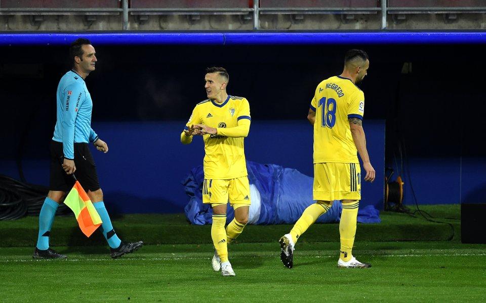 Новакът в Ла Лига отново впечатлява, надви Ейбар за три минути