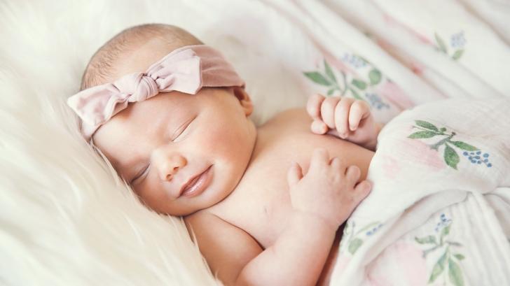 Нов световен рекорд: момиченце се роди от 27-годишен ембрион