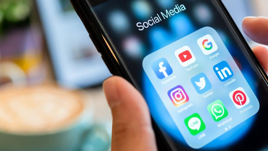 """Социалните мрежи """"затварят"""" хората в балон от филтри"""