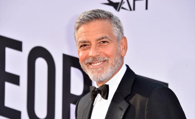 Защо Джордж Клуни даде по 1 млн. долара на 14 приятели