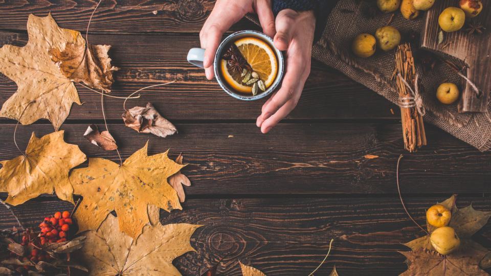 зима есен уют кафе чат сутрин дом листа