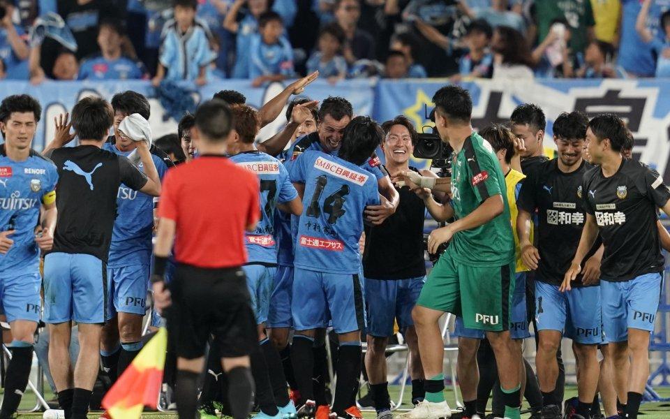 Кавазаки завоюва титлата в Япония