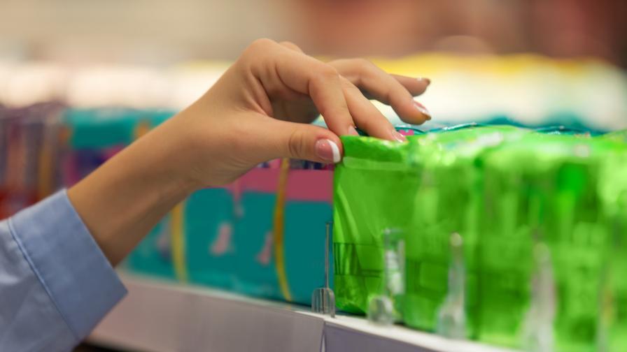 Шотландия първа в света прави безплатни хигиенните продукти при менструация