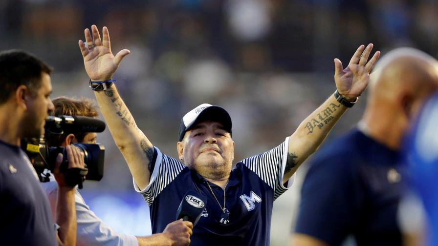Синът на Марадона е в болница с усложнения от COVID-19