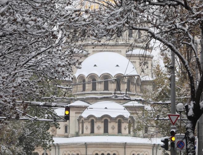 Първи сняг в София