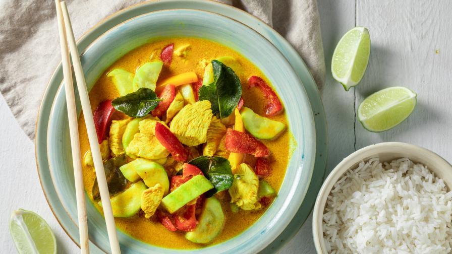 Пиле по тайландски с къри: Вкусна идея за обяд
