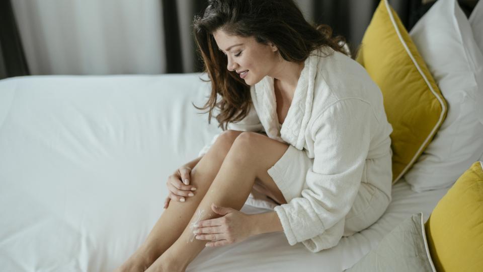 Каква е разликата между лосион и крем за тяло и кое кога помага