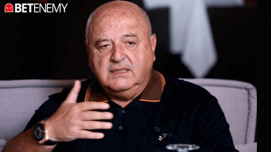 <p>Венци Стефанов пред Betenemy: Над 20 пъти съм се замислял да оставя Славия, Загорчич съжалява, че си тръгна</p>
