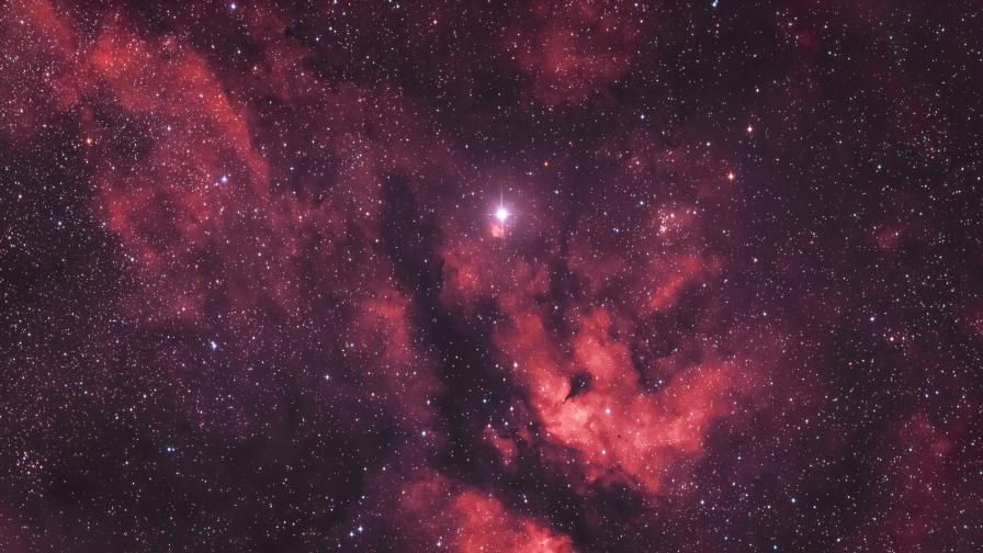 Учени се усъмниха в съществуването на тъмната материя