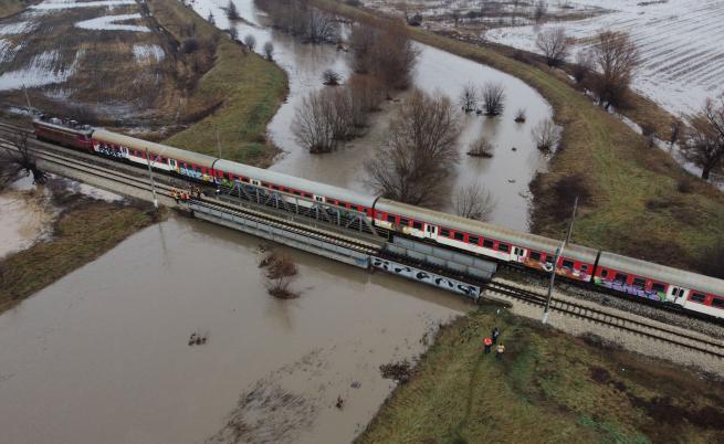 Наводнения и свлачища в страната, каква е ситуацията