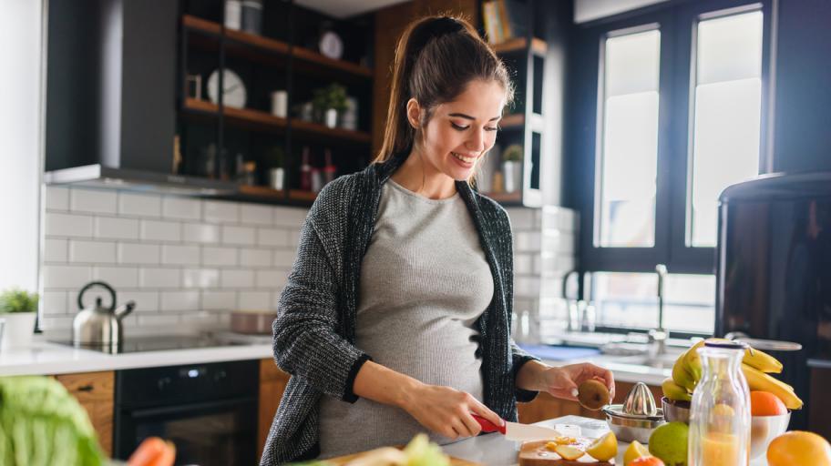 Супер здравословни и питателни закуски за бъдещи майки