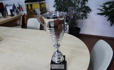 Кметът на Ихтиман беше награден от Автомобилната федерация на България