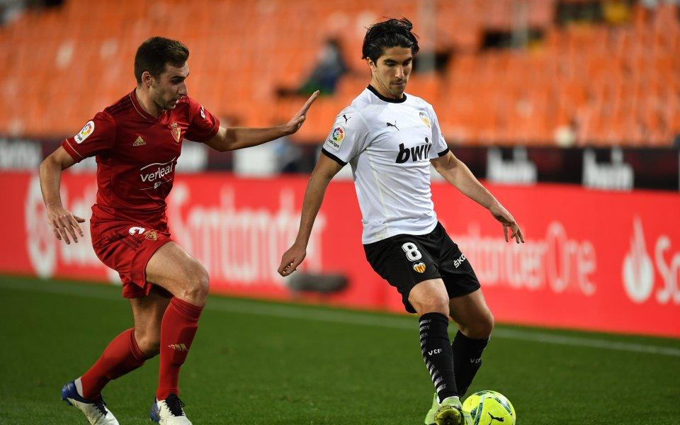 Валенсия записа само равенство 1:1 срещу гостуващия Осасунав мачот 19-ия