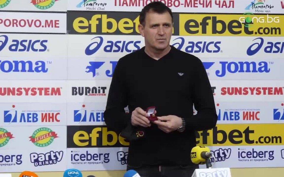 Треньорът на ЦСКА Бруно Акрапович беше избран за Треньор на