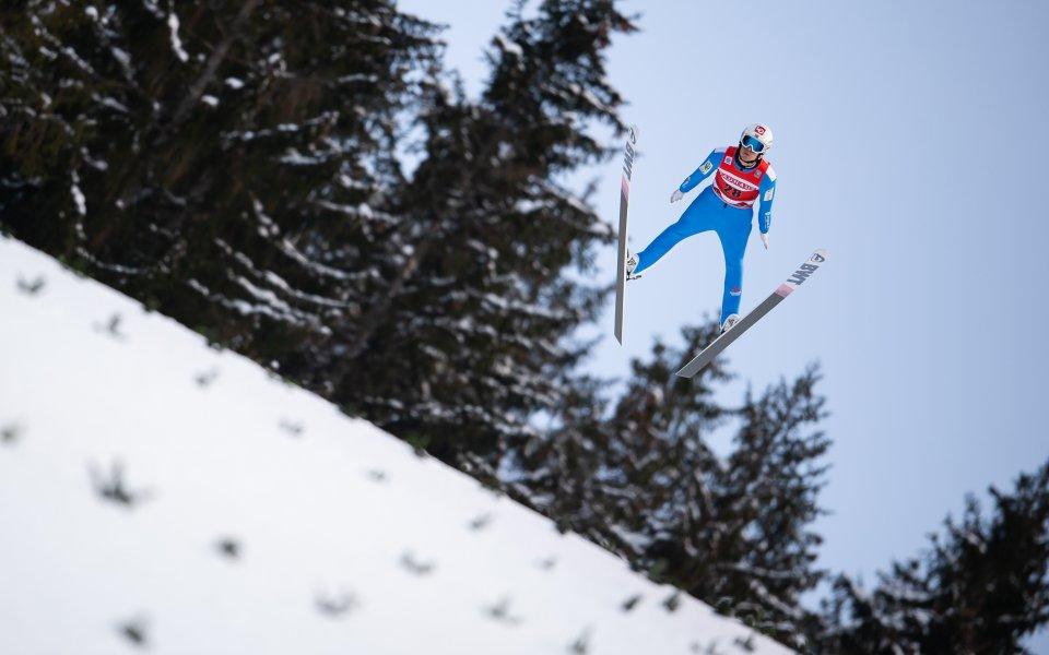 Норвегия спечели отборното състезание по ски-скокове в Лахти