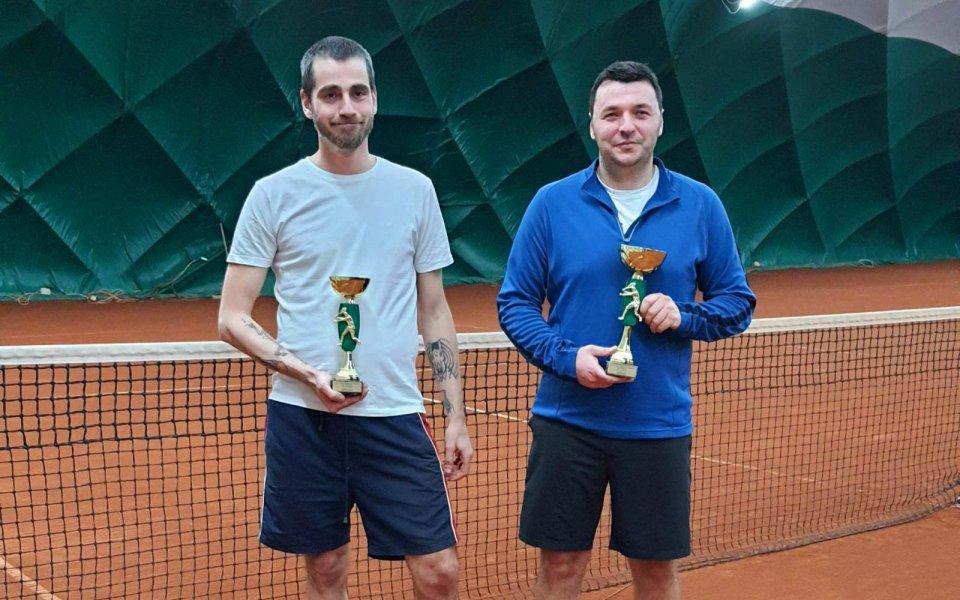 Стефан Божинов е шампионът при напредналите във втория чалънджър на