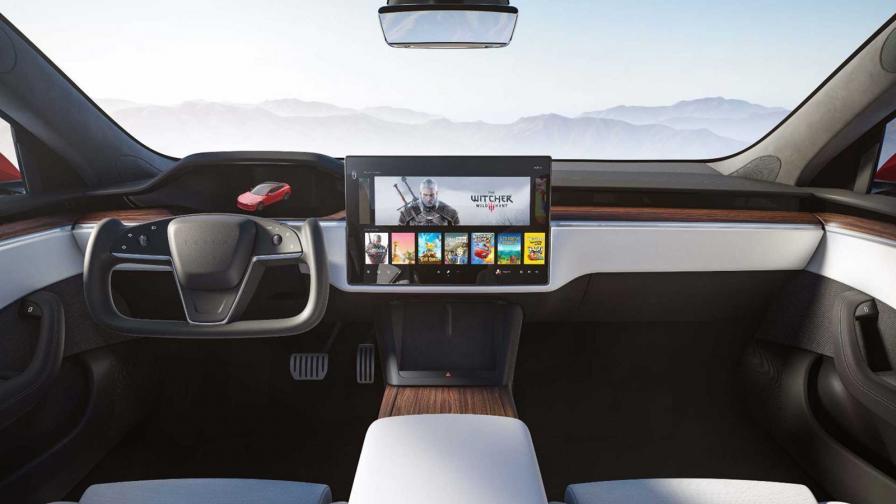 <p>1034 к.с., 628 км пробег и нов интериор: това е Tesla Model S</p>