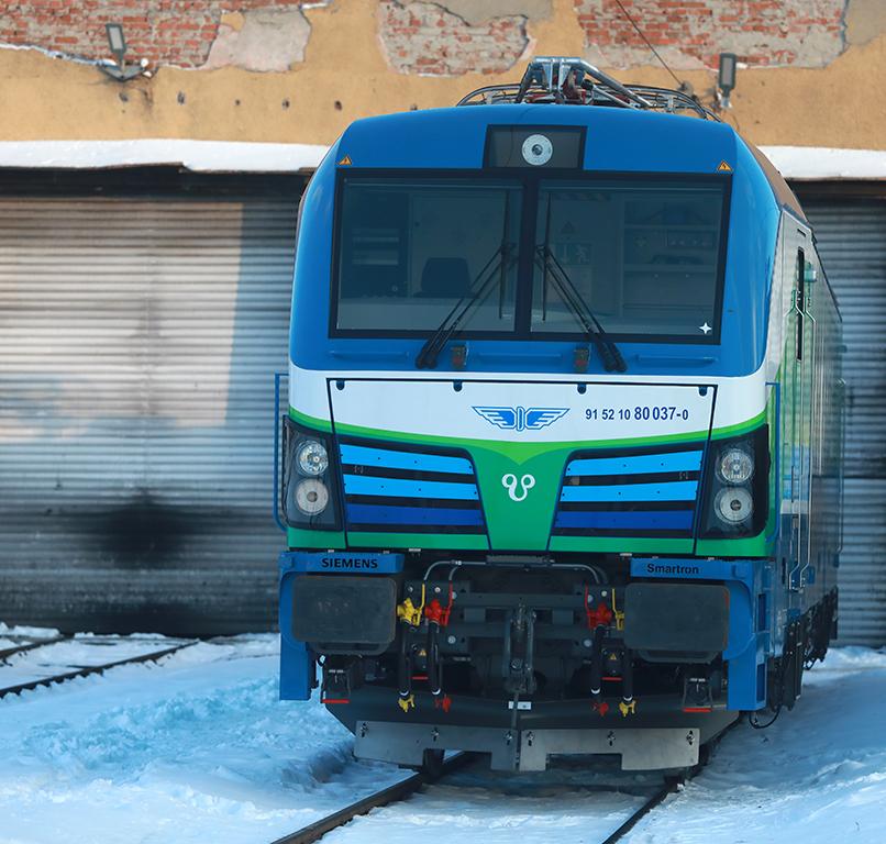 <p>Тази година се очаква &quot;Сименс&quot; да достави общо 15 нови Смартрона в България. Хан Кардам е третият от серията. Първите два носят имената Хан Аспарух и Хан Тервел.</p>