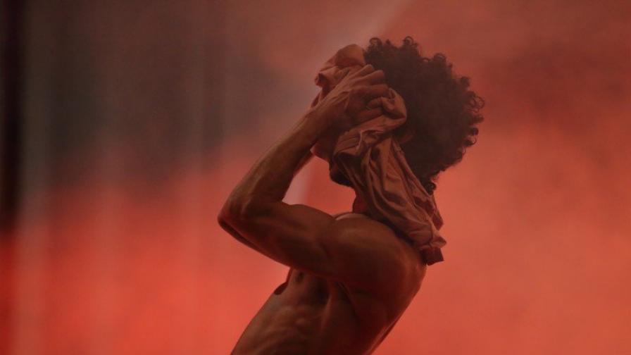 ONE DANCE WEEK: Танц от сърцето на Eгипет