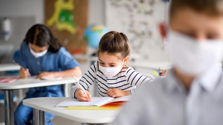 <p>От днес в София се подават заявленията за прием в 1 клас&nbsp;</p>