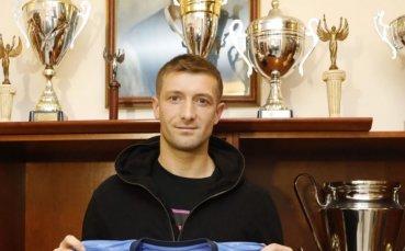Драган Михайлович може да остане в Левски