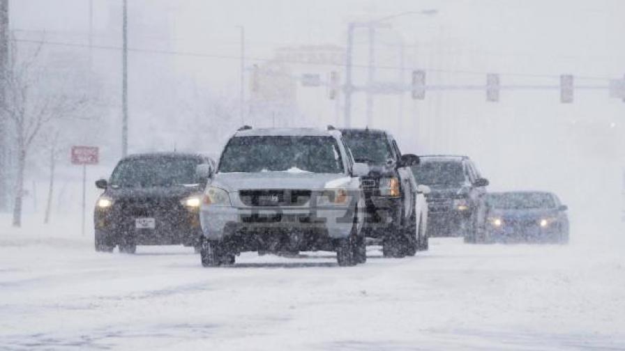 Ледени бури удариха Тексас, спряха хиляди вятърни турбини