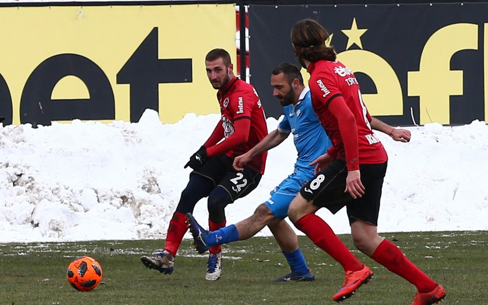 Локомотив София посреща тима на Септември в едно от дербитата