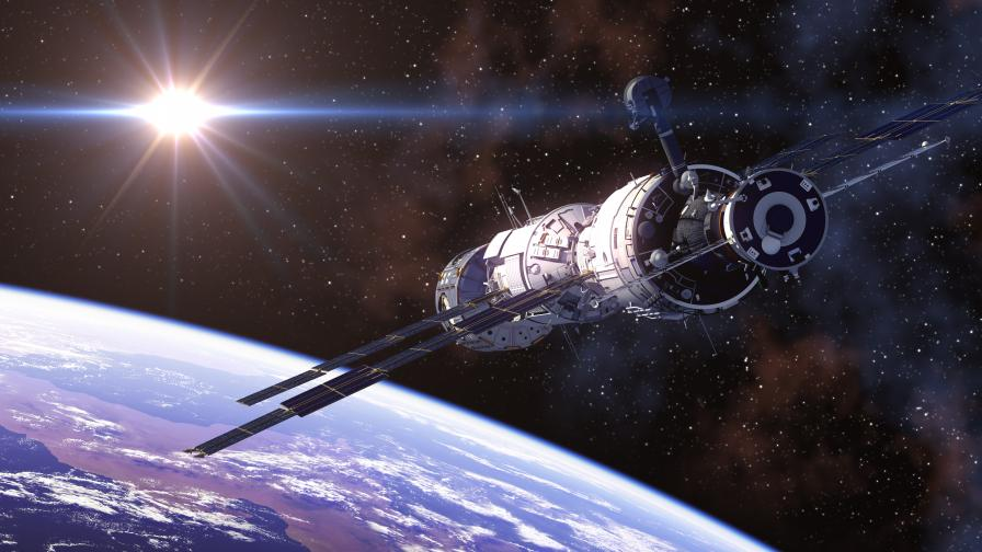 """Космическият кораб """"Сигнус"""" се скачи с МКС"""