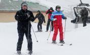 Лукашенко и Путин обсъдиха двустранни въпроси, после покараха ски