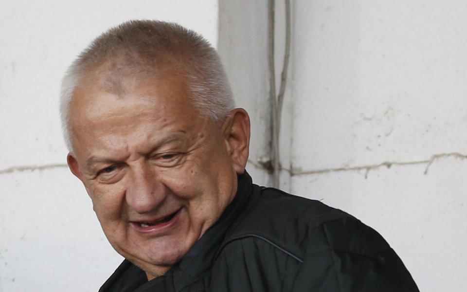Собственикът на Локомотив Пд Христо Крушарски обеща добри новини за
