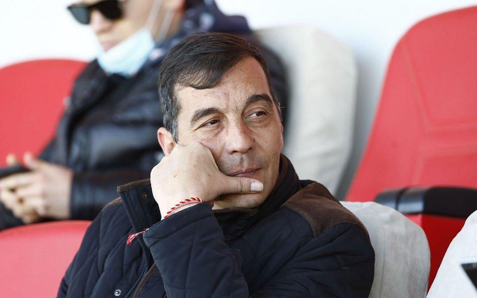 Изпълнителният директор на Лудогорец - Ангел Петричев, остана бесен от