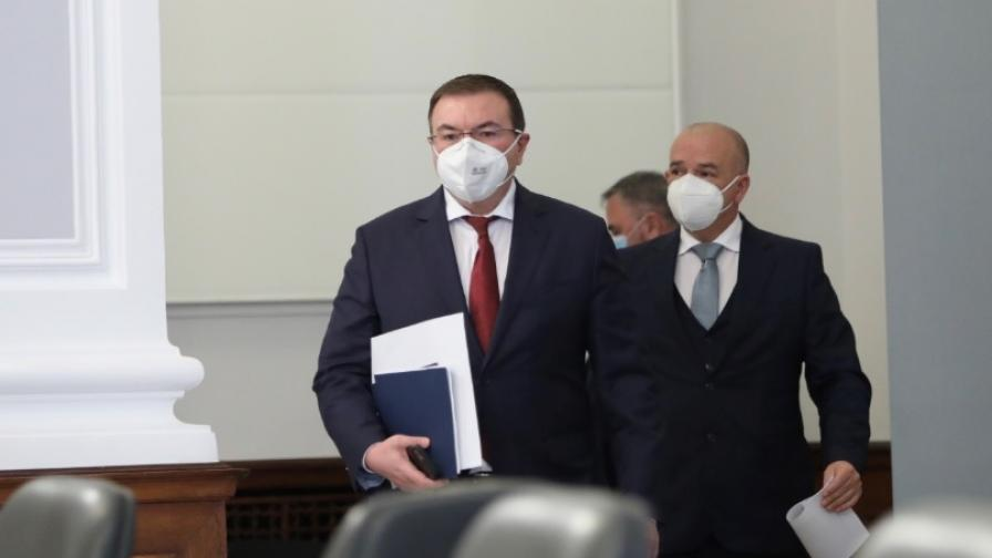 Смъртен случай в Пловдив е причината за спиране на АстраЗенека
