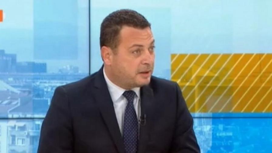 БСП към Борисов: Защо не питате Вашия приятел Орбан защо не чака ЕМА